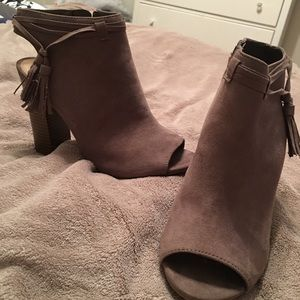 Bamboo booties size 7 1/2